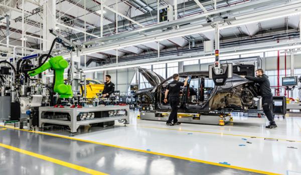 Lamborghini, Ferrari lần lượt đóng cửa nhà máy do dịch Covid-19