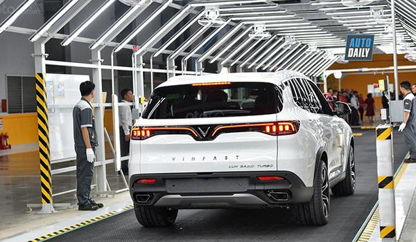 Bộ Tài chính không đồng ý giảm VAT, phí trước bạ ôtô